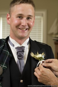 Ranunculus and Grass Pin-on Boutonniere