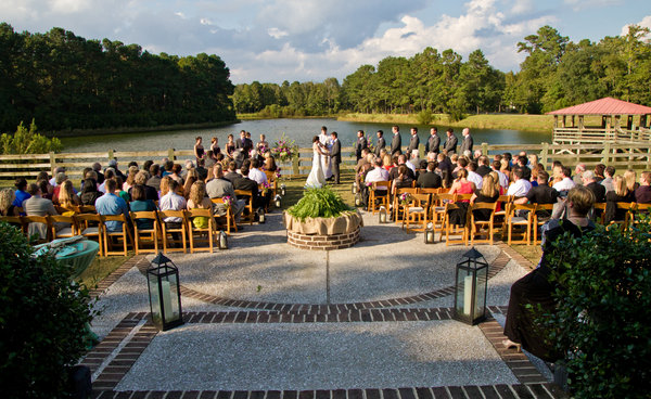 Waterside wedding at The Pavilion at Pepper Plantation